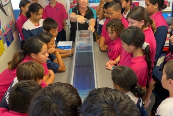 Earthquake, tsunami hazards captivate East Coast schoolkids in new roadshow